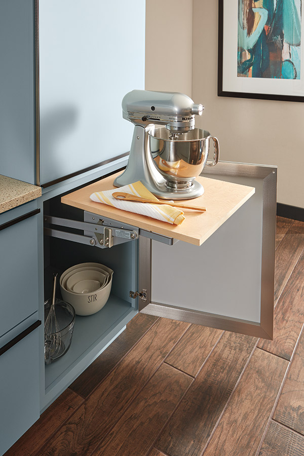 Base mixer cabinet
